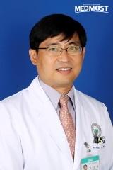 торокальный хирург